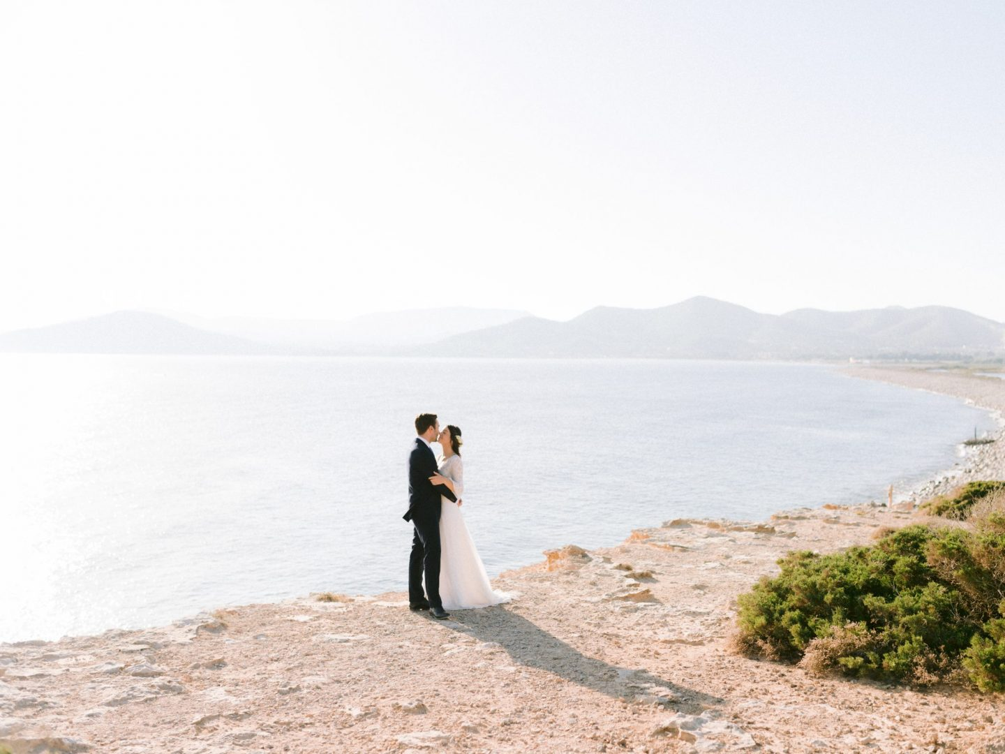 Wedding Photographer Ibiza, Experimental Beach, Youri Claessens Photography